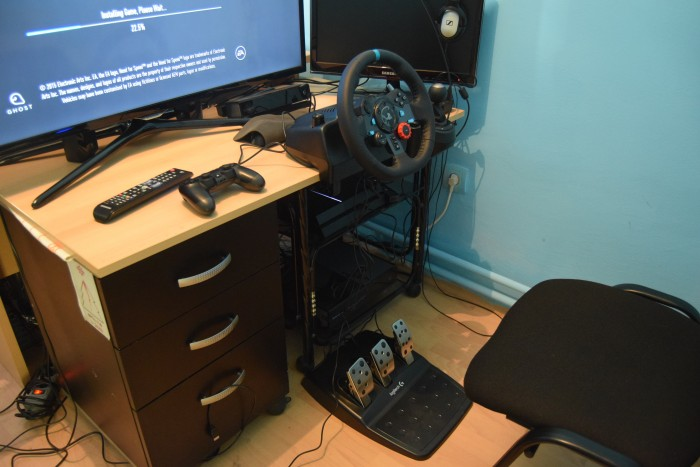 REVIEW: Logitech G29 and G920 – PLAY! PLAY!